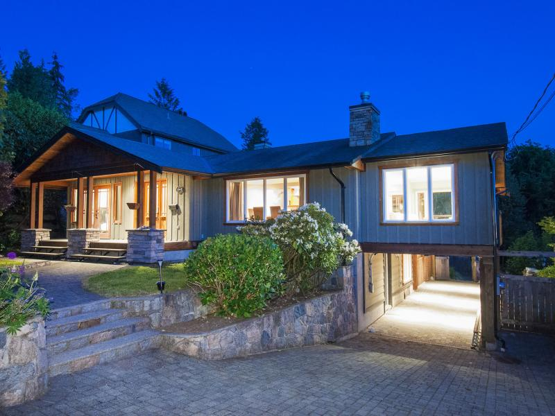 245 E Windsor Road, Upper Lonsdale, North Vancouver